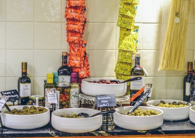 Olives and tapas-min